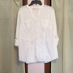 Croft & Barrow white stretch blouse w roll up SLV